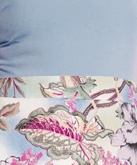 Błękit wzór kwiaty